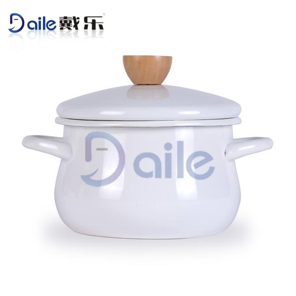 Printed Enamel Used In Kitchen Enamel Ware Casserole With Glass Lid And Decor
